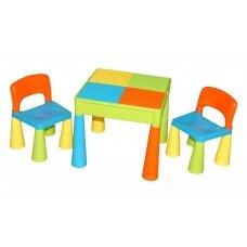 Stalas ir dvi kėdutės