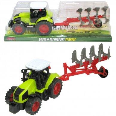 Traktorius su plūgu